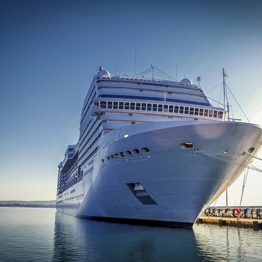 cruiseship_85194280-800